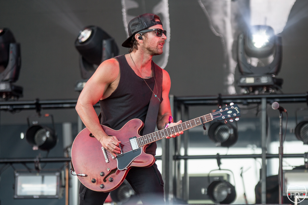 Boots-Hearts-Main-stage-with-Kip-Moore-2019-102019-4