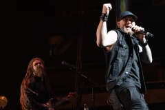 Brantley-Gilbert-Dylan-Scott-97