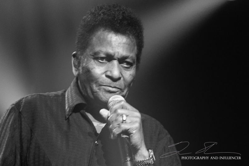 Charley-Pride-CasinoRama-March-2018-25