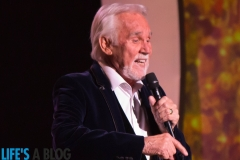 kenny-rogers-christmas-through-the-years