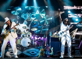 Carlos-Santana-Hamilton-ON-First-Ontario-Centre-2018-38-1