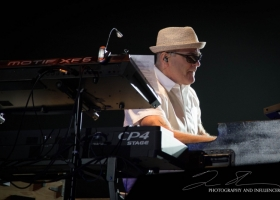 Carlos-Santana-Hamilton-ON-First-Ontario-Centre-2018-87-1
