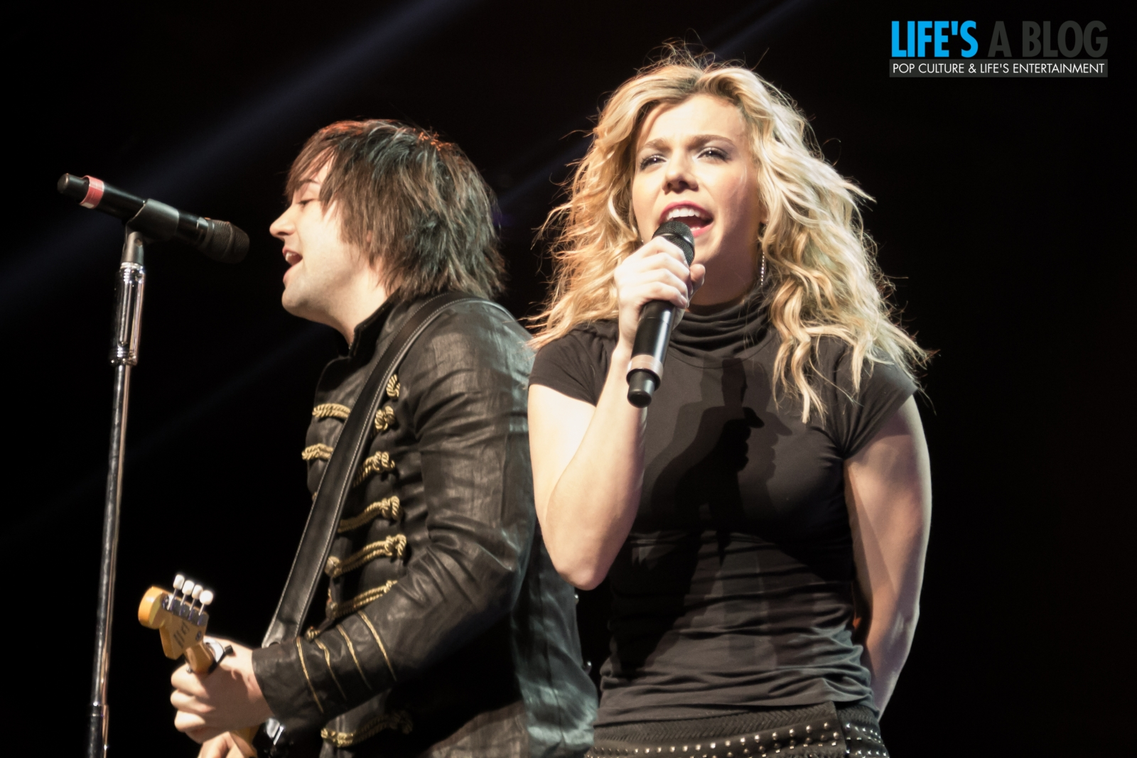 the-band-perry-1-10