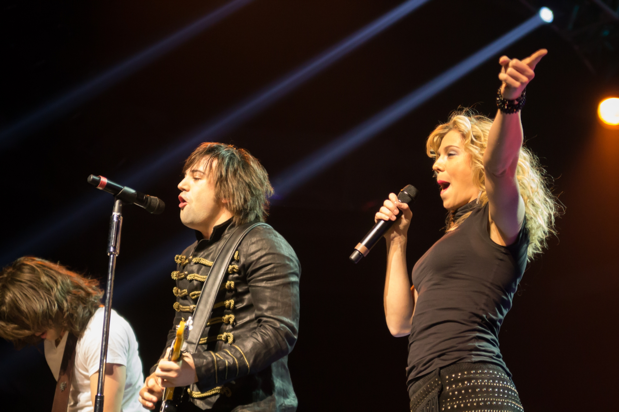 the-band-perry-1-11