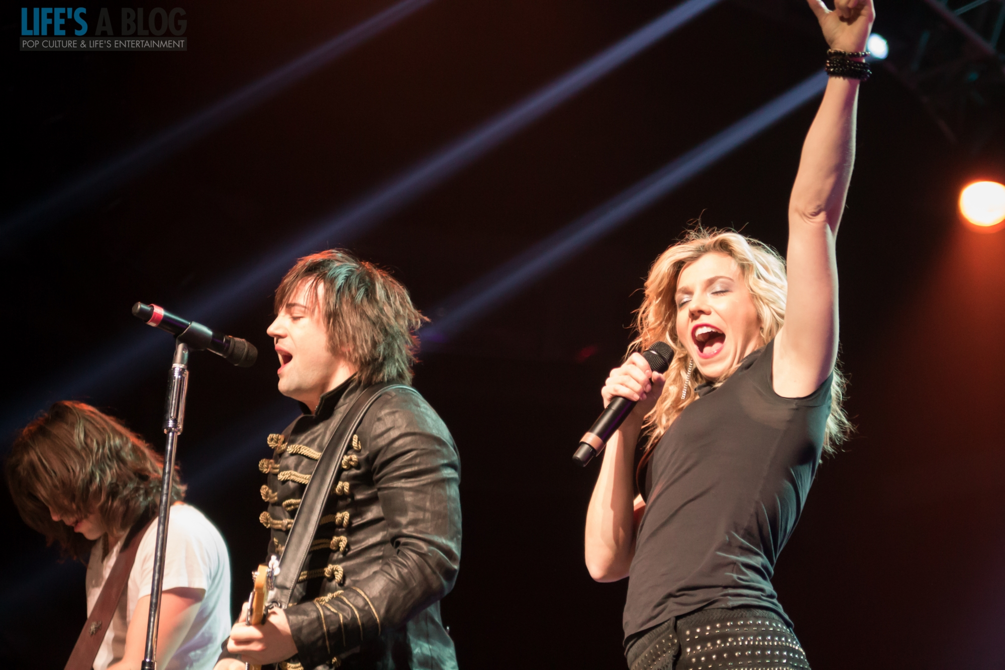 the-band-perry-1-12