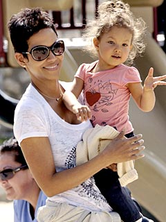 Paparazzi laws on celebrity children