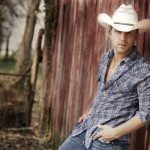 Justin-moore-boots-and-hearts-2015