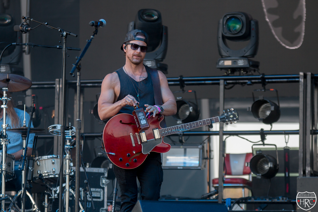 Boots-Hearts-Main-stage-with-Kip-Moore-2019-102019