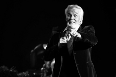 kenny-rogers-music-legend